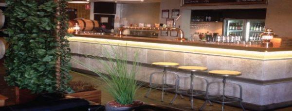 bar-downstairs02